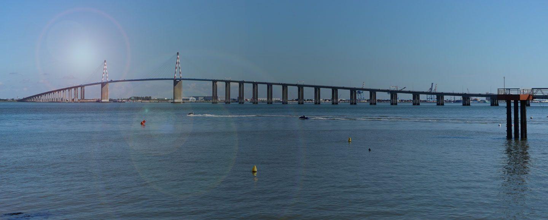Pont de Saint Nazaire estuaire de la Loire