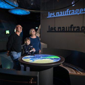 famille dans l'espace voyager TERRE D'ESTUAIRE